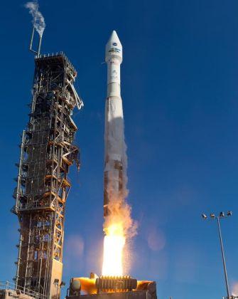Запуск ракеты Atlas V со спутником Landsat