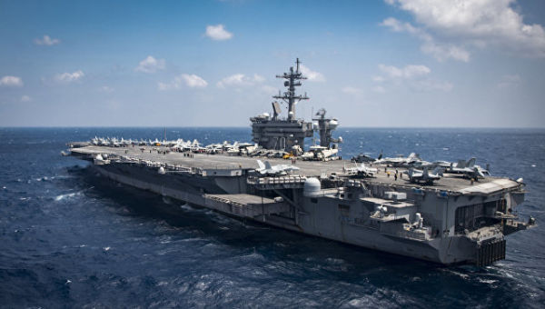 Авианосец ВМС США Карл Винсон в Южно-Китайском море. Март 2017