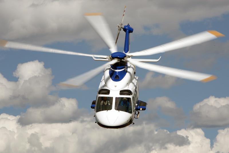 Многоцелевой вертолет AgustaWestland AW139.