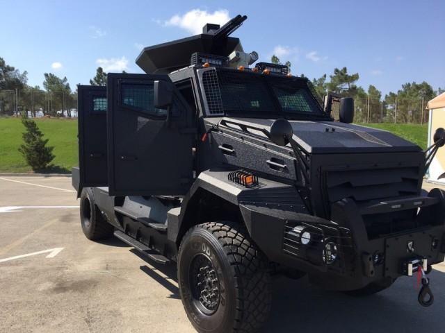 Украинский модуль «Тайпан», установленный на бронеавтомобиль AZCAN, разработанный одноименным азербайджано-канадским предприятием.