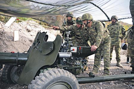 Азербайджанская армия повышает боеготовность.