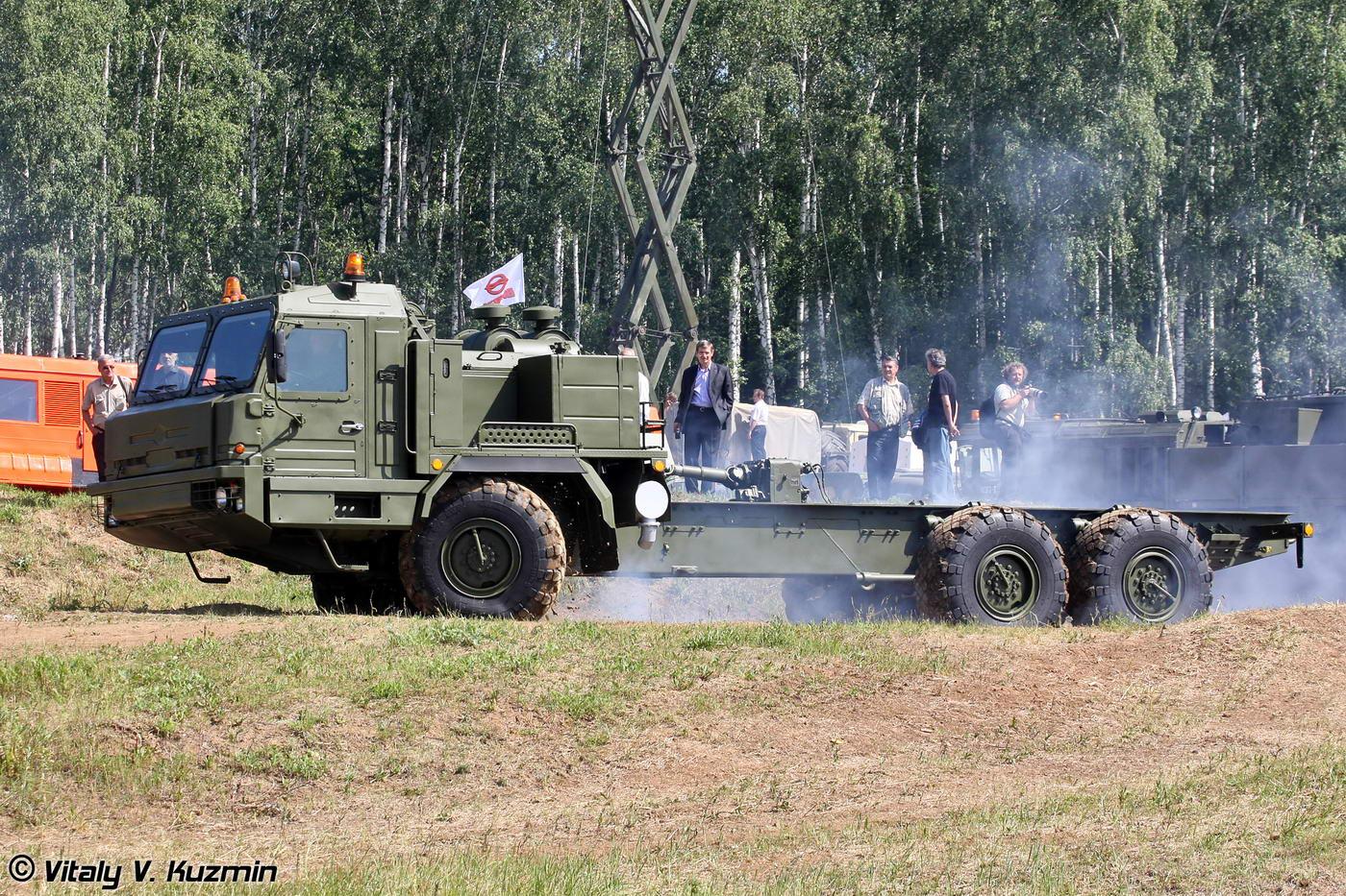 Специальное колесное шасси БАЗ-69092-012.