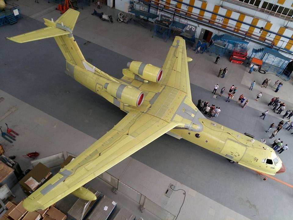 Самолет Бе-200ЧС производства ТАНТК