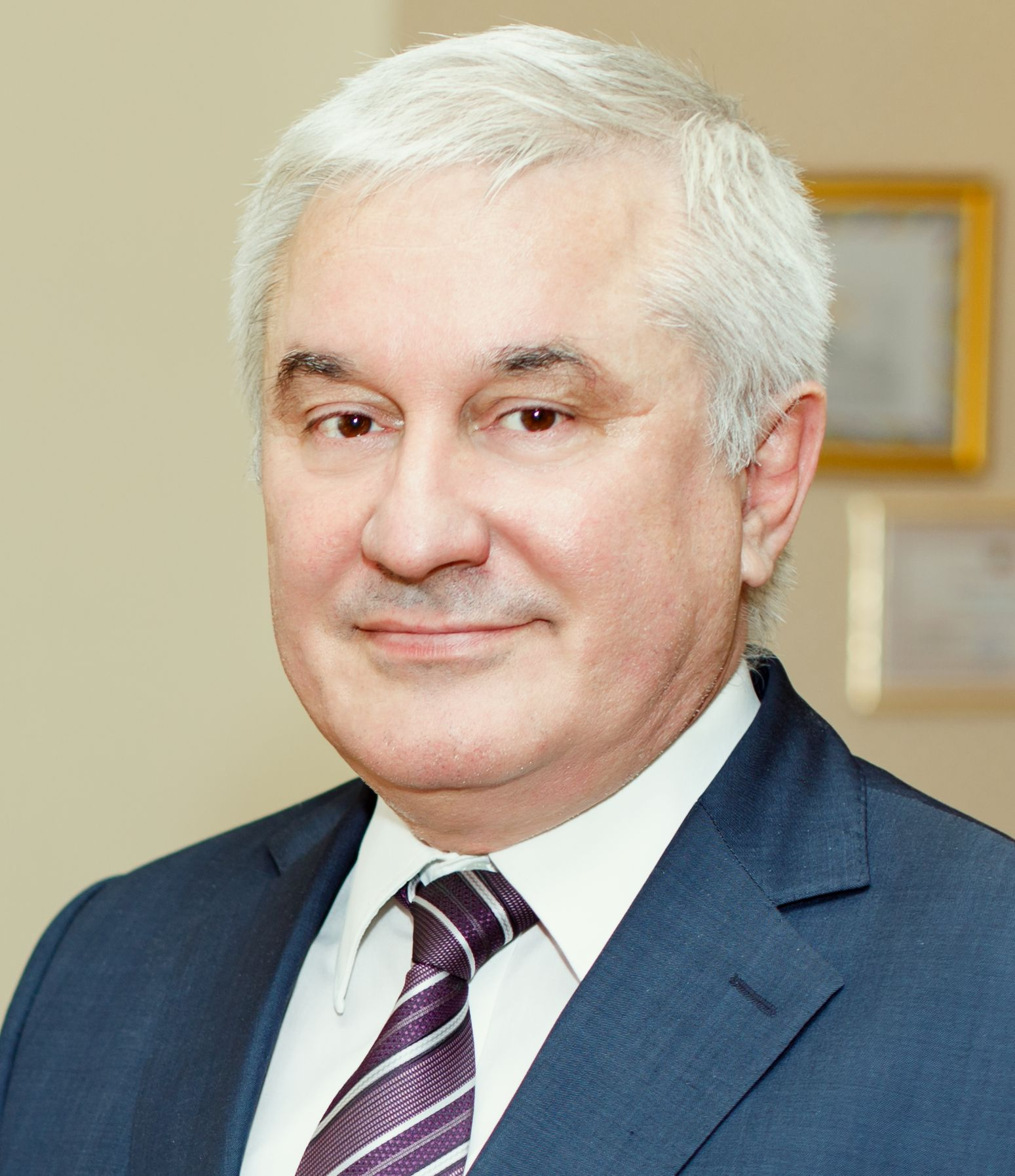 Беккиев азрет юсупович член