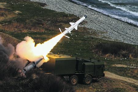 Береговой ракетный комплекс «Бал» способен остановить любую агрессию с моря. Фото с сайта Министерства обороны РФ