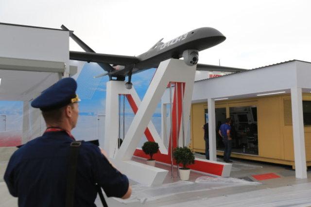 """Беспилотник """"Орион"""" стал настоящей звездой авиасалонов МАКС и форумов """"Армия"""". Военную службу он будет нести под именем """"Иноходец""""."""