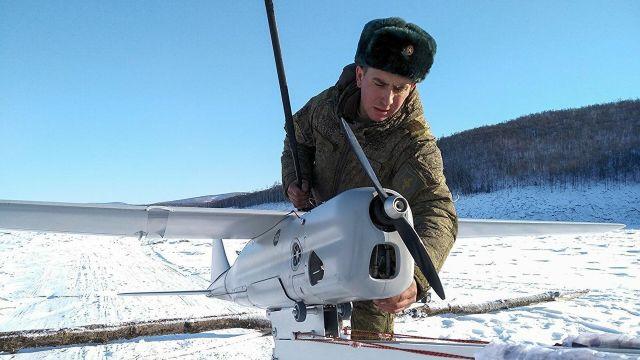 """Беспилотник """"Орлан-10"""" перед запуском в районе взрывных работ на Бурейском водохранилище"""