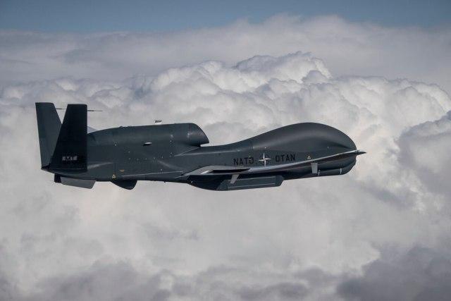 Беспилотник RQ-4D Phoenix