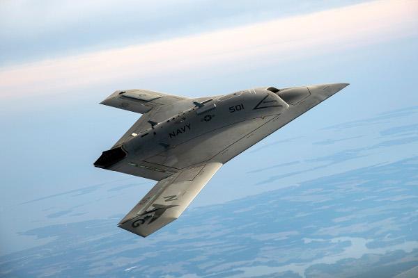 Беспилотник Northrop Grumman X-47B.