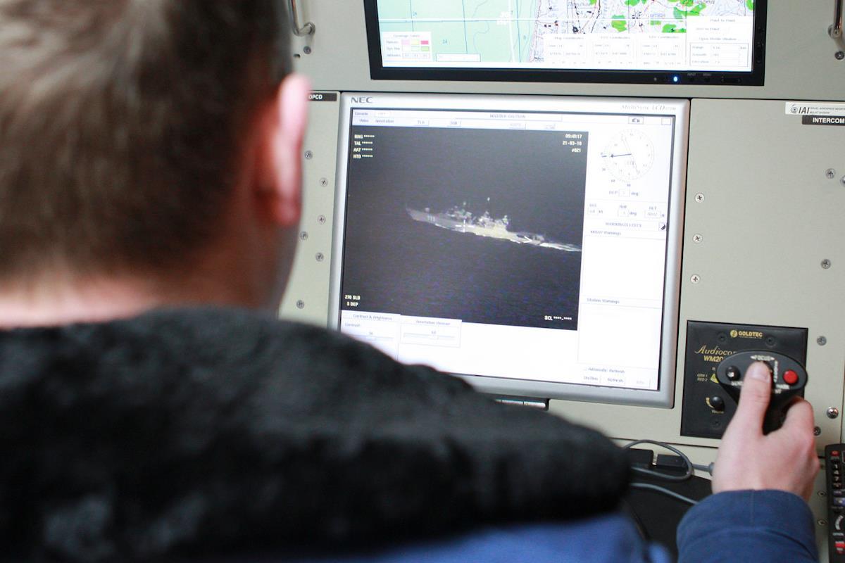 """БЛА """"Форпост"""" (IAI Searcher Mk 2). Кадры с наземной станции управления."""
