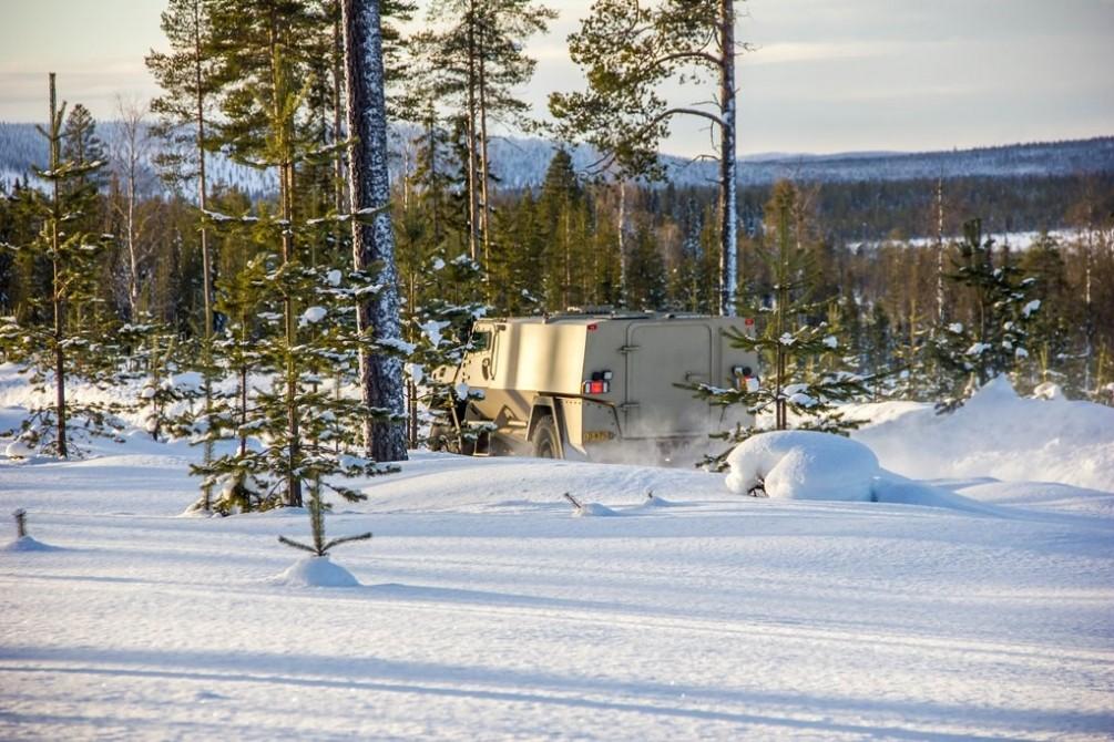 Опытный образец финской бронированной машины SISU GTP.