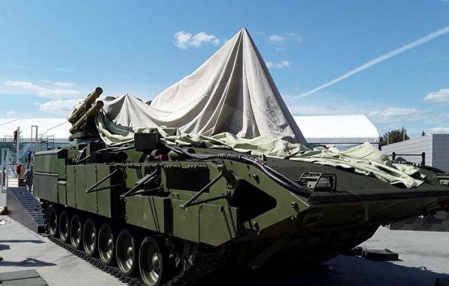 "БМП Т-15 на платформе ""Армата"""