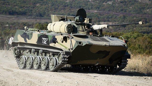 Боевая машина десанта (БМД-2) во время тактико-специальных учений Новороссийского гарнизона Южного военного округа. 15 сентября 2017.