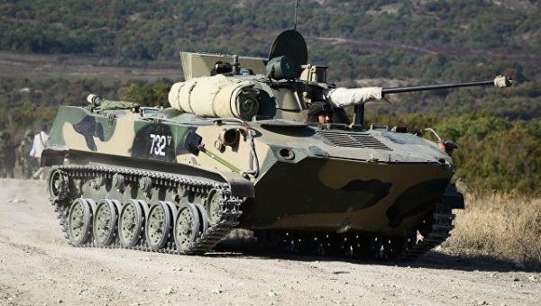 Боевая машина десанта (БМД-2) во время тактико-специальных учений Новороссийского гарнизона Южного военного округа. 15 сентября 2017