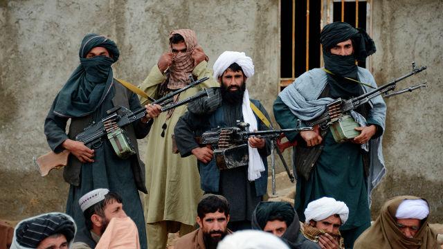"""Боевики радикального движения """"Талибан"""" в Афганистане"""