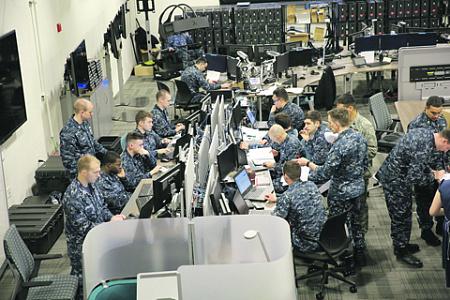 Боевые действия сегодня все больше ведутся в виртуальном пространстве. Фото с сайта www.defense.gov