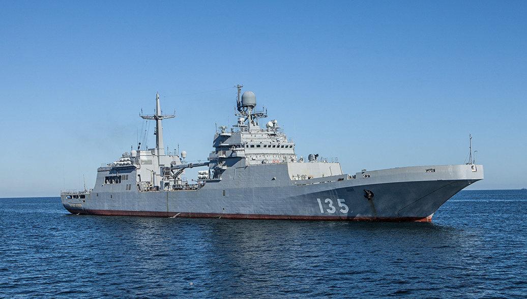 Большой десантный корабль (БДК) проекта 11711 Иван Грен. Архивное фото.
