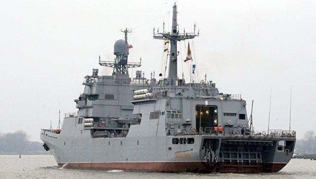 Большой десантный корабль Иван Грен в Балтийском море. Архивное фото.