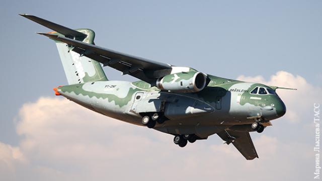 Бразилия хочет продать в Тулу самовар – военно-транспортный самолет на Украину