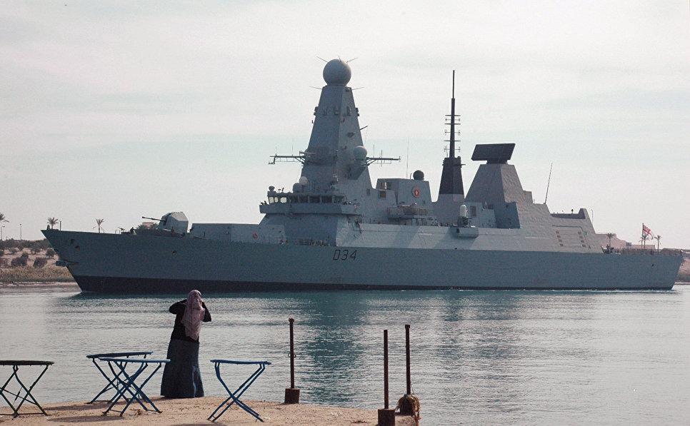 Британский эсминец HMS Diamond.