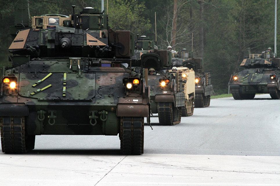Бронемашины США Bradleys M2A3.
