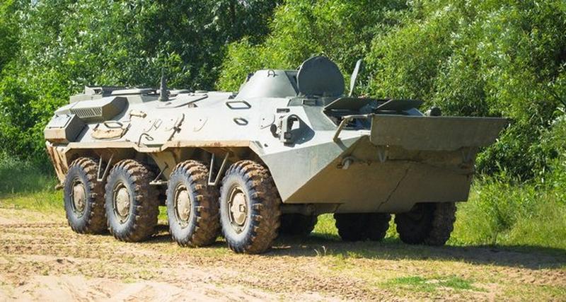 Опытный образец бронетранспортера БТР-70, модернизированного на белорусском ОАО «140 ремонтный завод» (Борисов) по варианту БТР-70МБ1, 2016 год.