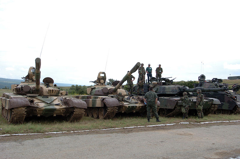 Танки T-72 ВС Болгарии и M1 Abrams ВС США.