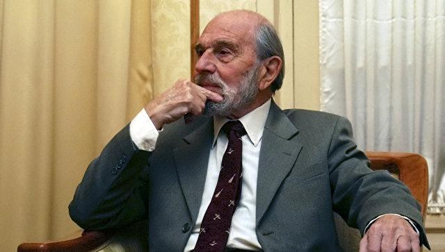 Бывший британский шпион Джордж Блейк в Москве. 15 ноября 2006. Архивное фото.
