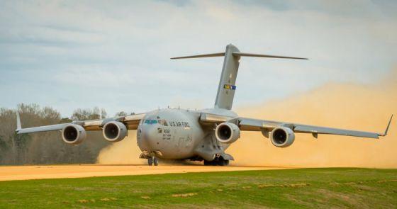Транспортный самолет C-17 Globemaster III