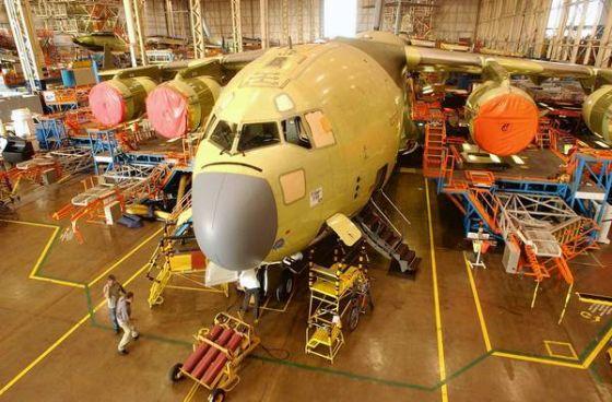 Сборка самолета C-17