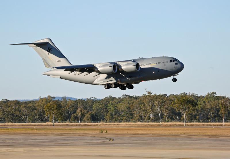 Стратегический транспортный самолет C-17A Globemaster III ВВС Австралии.