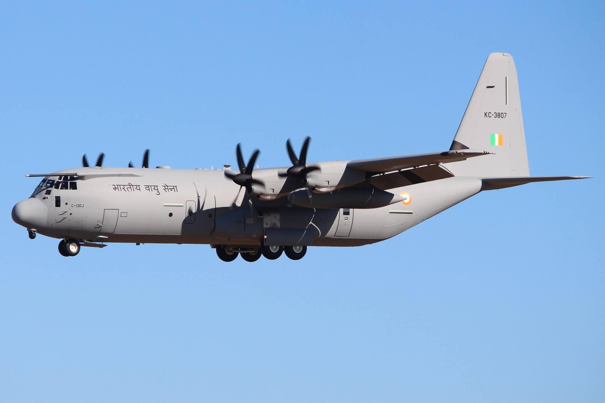 """Самолет второй """"индийской"""" партии C-130J-30 Super Hercules."""