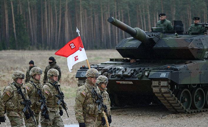 Церемония приветствия многонационального батальона НАТО под руководством США в польском Ожише.