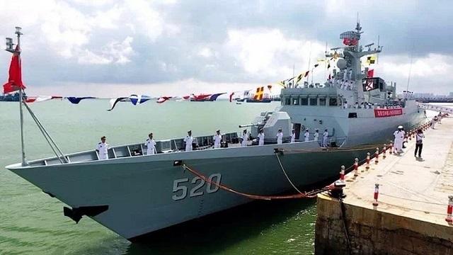 Церемония ввода в состав ВМС НОАК корвета Hanzhong Тип 056 класса Jiangdao.