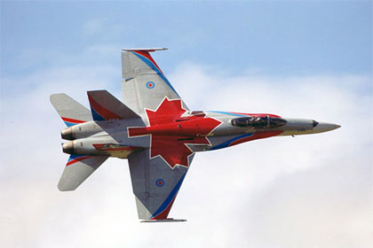 Истребитель CF-18