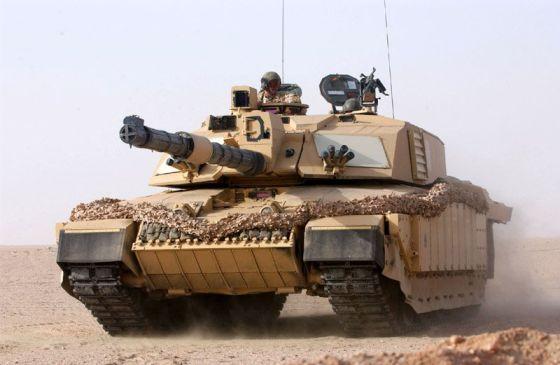 Танк Challenger 2