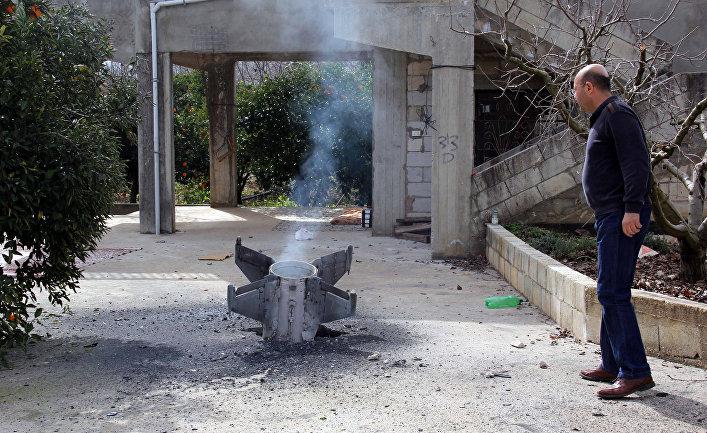 Часть ракеты в Ливане после атаки Израиля по системам ПВО в Сирии. 10 февраля 2018.