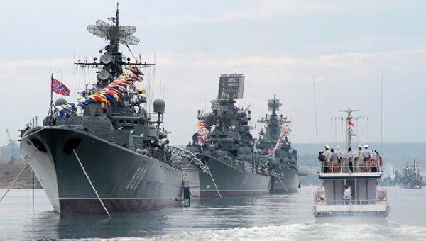 Черноморский флот в Севастополе.
