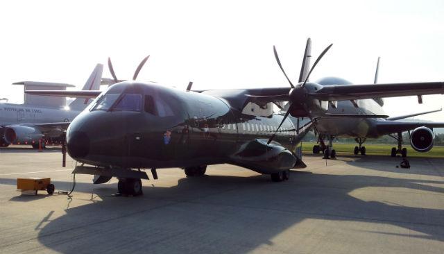 Военно-транспортный самолет Airbus Military C295 индонезийских ВВС, получивший обозначение в ВВС Индонезии CN295. Источник: www.flightglobal.com .