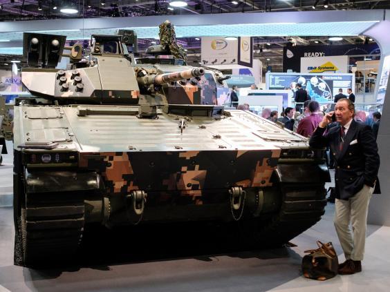 БМП CV90 с системой активной защиты (САЗ).