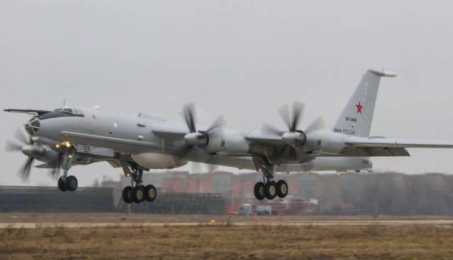 """Дальний противолодочный самолет Ту-142МЗ (б/н """"53 черный""""). Первый полет после ремонта"""