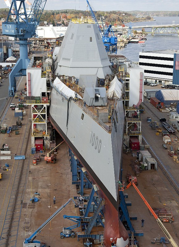 Головной эсминец DDG-1000 Zumwalt ВМС США