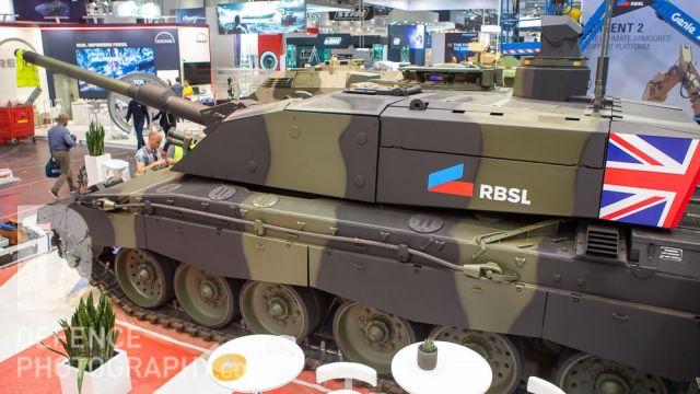 Демонстратор модернизированного британского основного танка Challenger 2 по программе Challenger 2 Life Extension Project (LEP) c новой башней, представленный совместным предприятием Rheinmetall BAE Systems Land (RBSL) в экспозиции выставки DSEI-2019. Лон