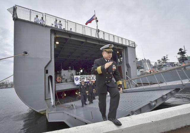 Десантный корабль-док LD 601 Tarlac ВМС Филиппин