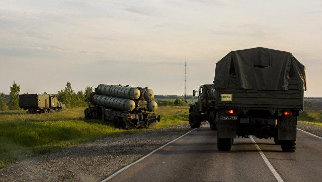Дивизион зенитных ракетных комплексов С-300 Фаворит. Архивное фото.