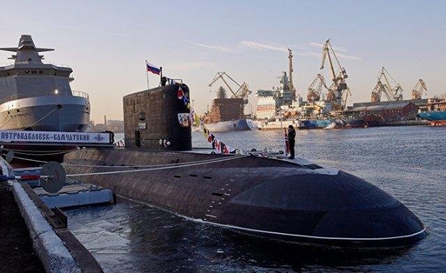 """Дизель-электрическую подлодку """"Петропавловск-Камчатский"""" передали ВМФ России"""