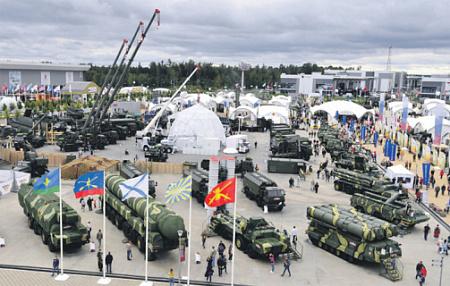 Доля современного вооружения и техники в войсках достигает рекордного показателя в 70%. ФотоРИА Новости