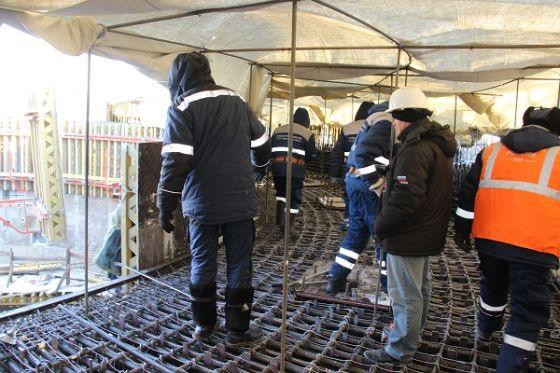 Подготовка к бетонированию огневого кольца стартового сооружения