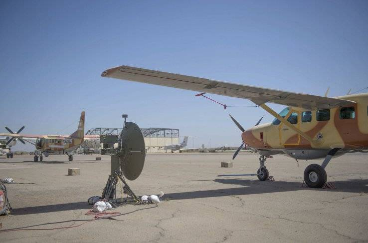Два полученных из США в порядке помощи легких разведывательных самолета Cessna RC-208 ВВС Чада. Нджамена, 18.01.2018.