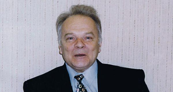 Эдуард Шевелев